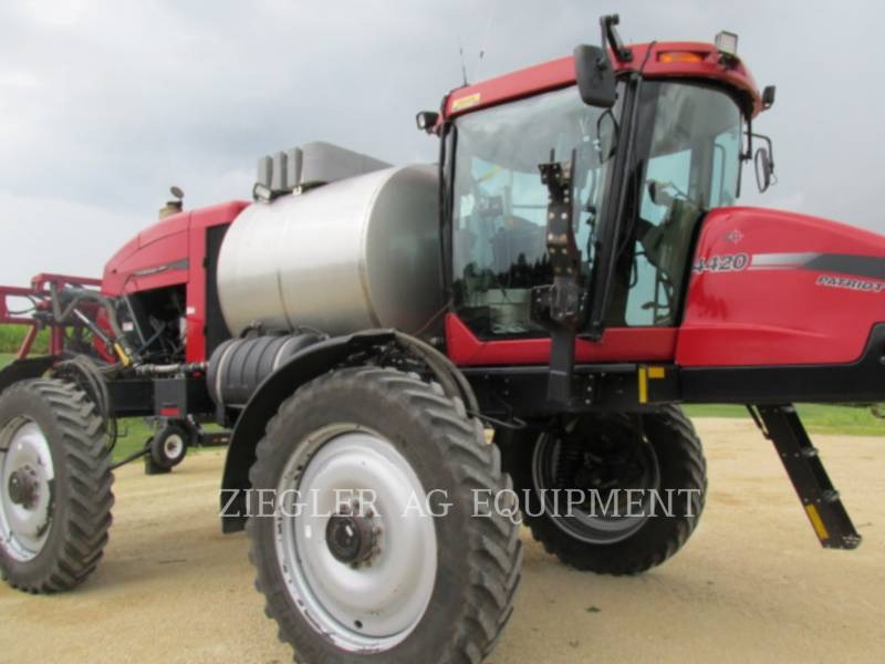 CASE/NEW HOLLAND SPRÜHVORRICHTUNGEN 4420 equipment  photo 17