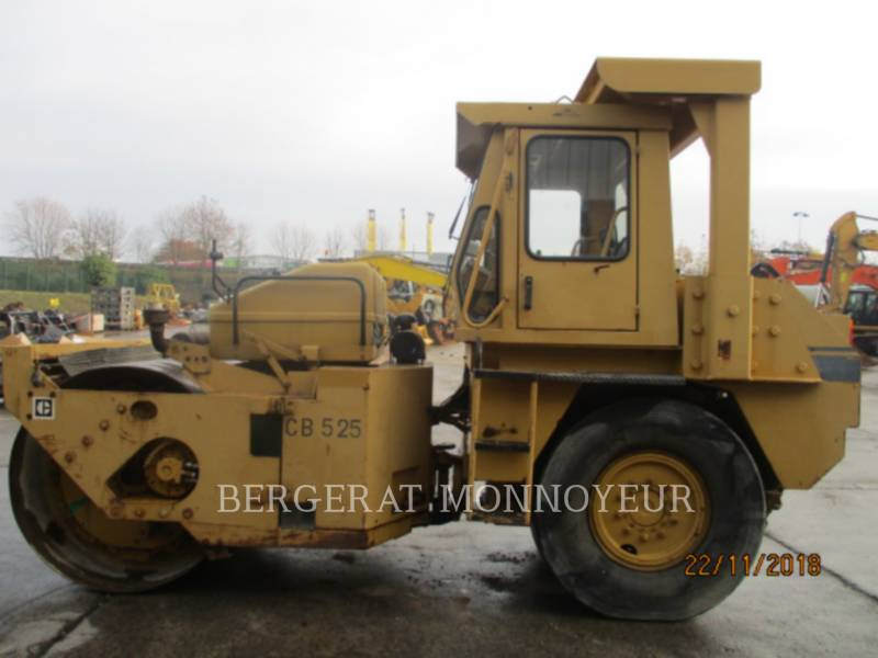 CATERPILLAR COMBINATION ROLLERS CB-525 equipment  photo 1