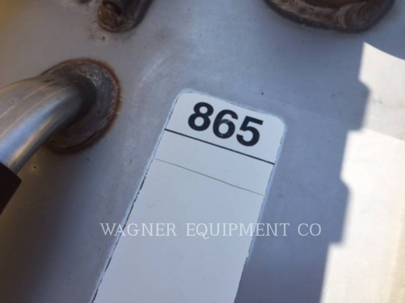 AG-CHEM PULVERIZADOR RG864 equipment  photo 16