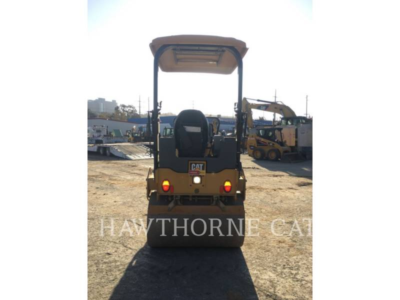 CATERPILLAR COMPACTORS CB24B equipment  photo 3