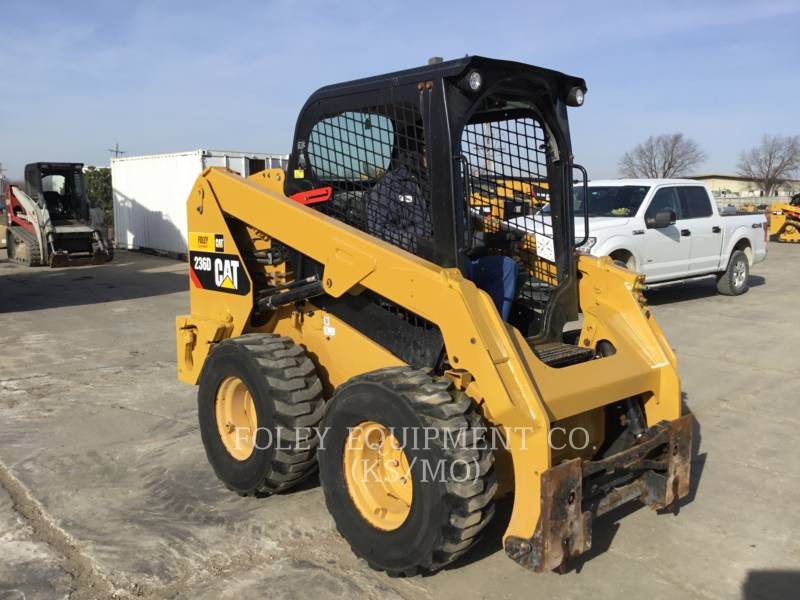 CATERPILLAR CHARGEURS COMPACTS RIGIDES 236DSTD1O equipment  photo 1
