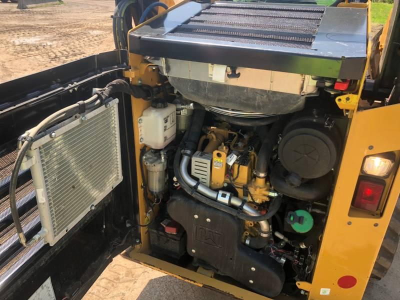 CATERPILLAR KOMPAKTLADER 242 D equipment  photo 13
