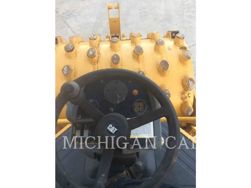 CATERPILLAR EINZELVIBRATIONSWALZE, GLATTBANDAGE CS-433E equipment  photo 16