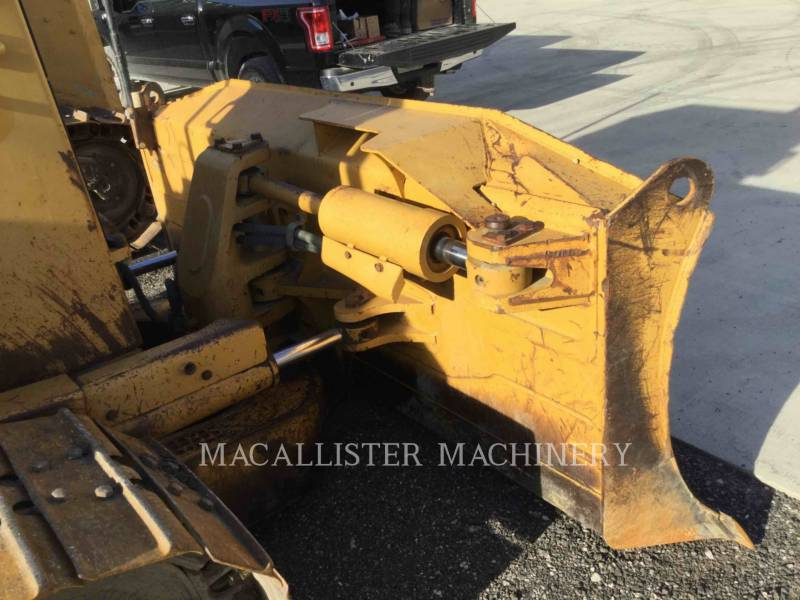 CATERPILLAR TRACK TYPE TRACTORS D6MXL equipment  photo 14