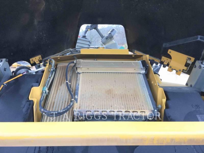 CATERPILLAR VIBRATORY DOUBLE DRUM ASPHALT CB64 equipment  photo 19
