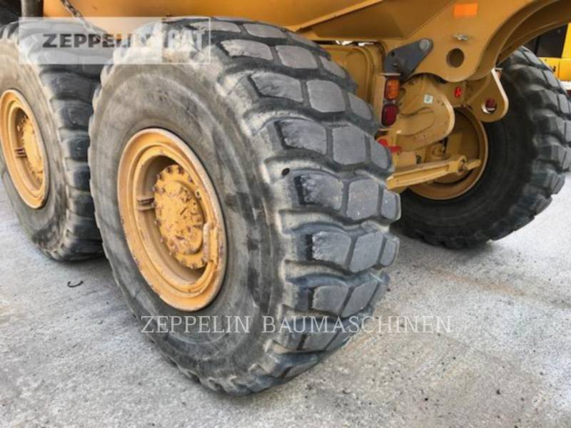 CATERPILLAR KNIKGESTUURDE TRUCKS 730C equipment  photo 12