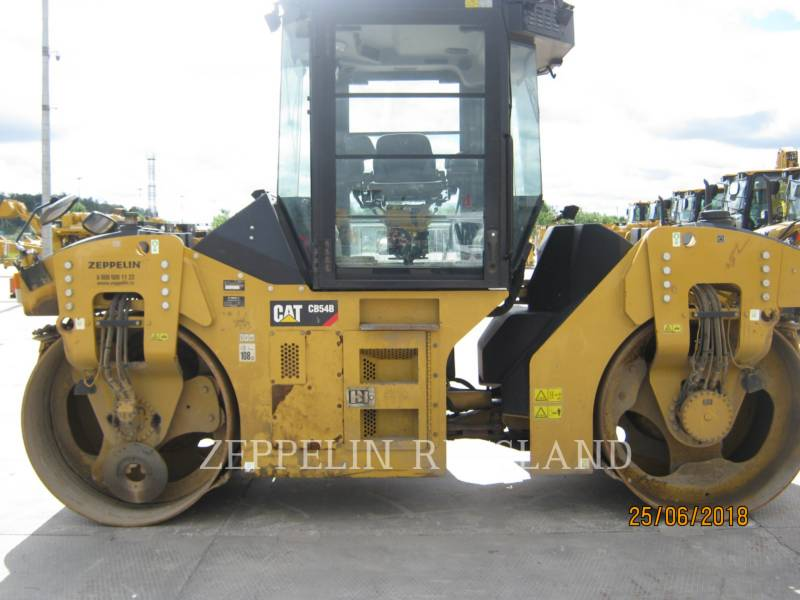 CATERPILLAR TANDEMVIBRATIONSWALZE, ASPHALT CB54B equipment  photo 4