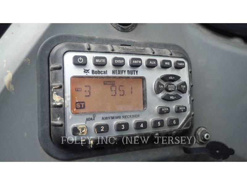 BOBCAT KOMPAKTLADER S750 equipment  photo 24
