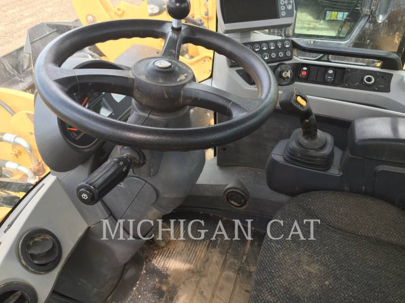 CATERPILLAR WHEEL LOADERS/INTEGRATED TOOLCARRIERS 924K HRQ equipment  photo 6