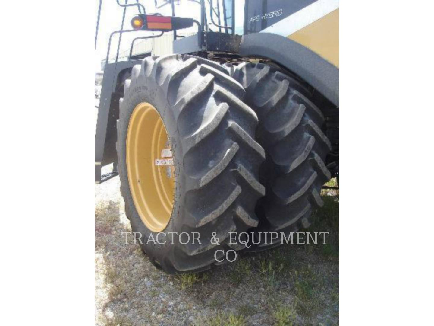 Detail photo of 2011 Lexion LX750 from Construction Equipment Guide