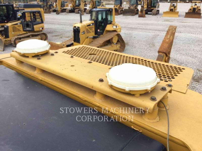 CATERPILLAR TRACTEURS SUR CHAINES D8T equipment  photo 14
