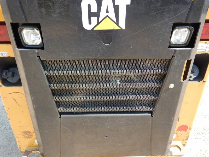 CATERPILLAR PALE CINGOLATE MULTI TERRAIN 239D equipment  photo 19