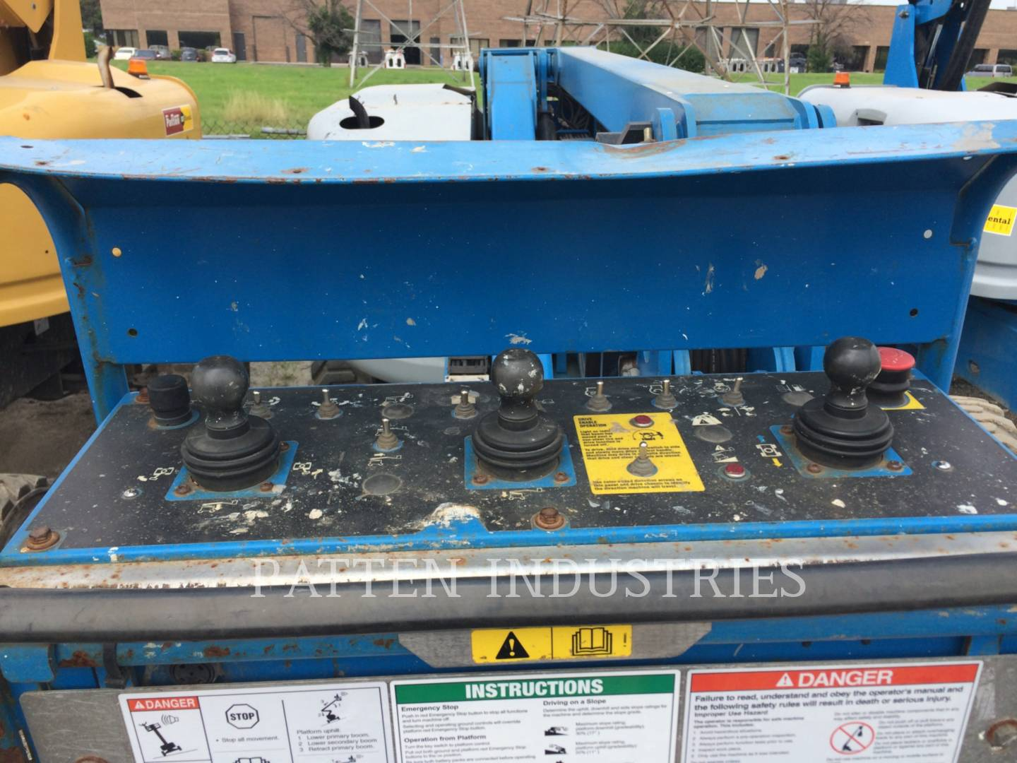 Detail photo of 2012 Genie Z45-25 RT from Construction Equipment Guide