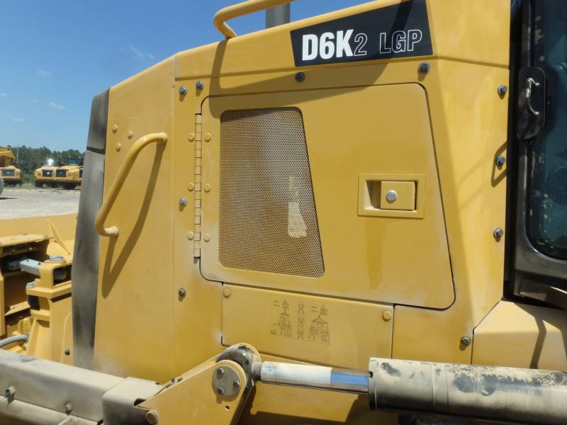 CATERPILLAR TRACK TYPE TRACTORS D6K2LGP equipment  photo 16