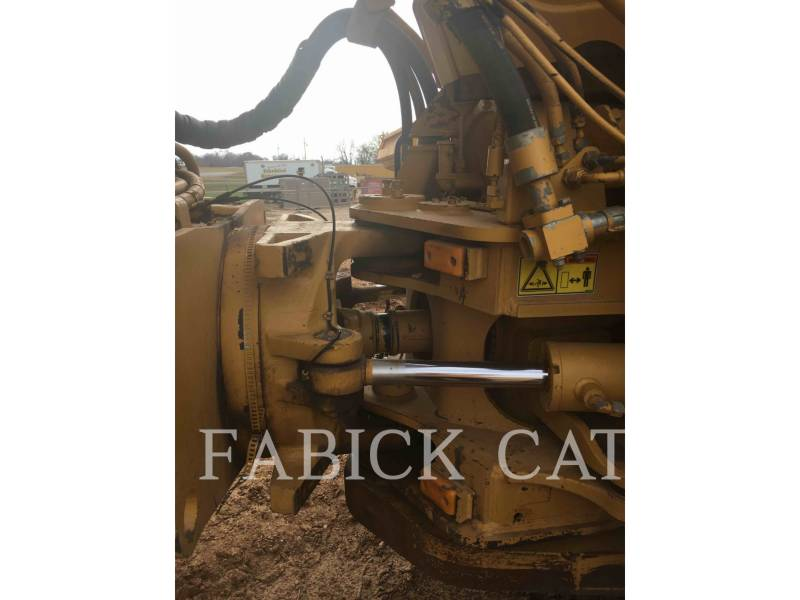 CATERPILLAR ARTICULATED TRUCKS 740 equipment  photo 14