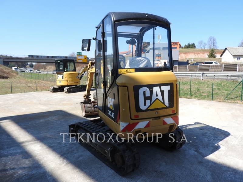 CATERPILLAR EXCAVADORAS DE CADENAS 302.4D equipment  photo 24