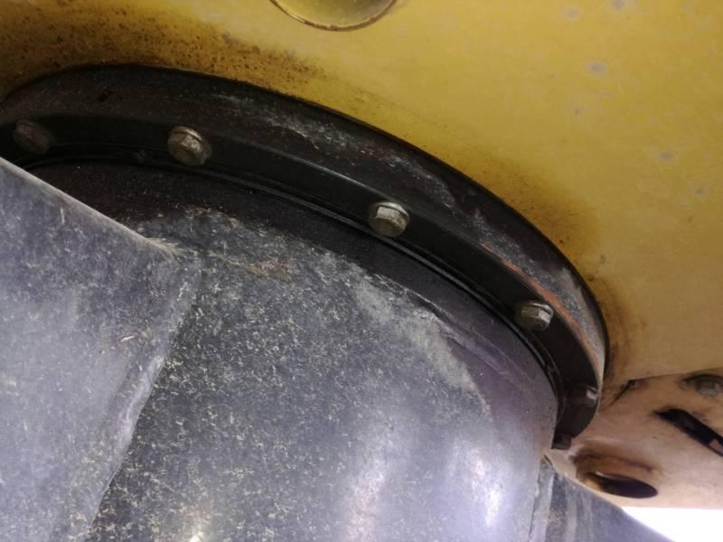 CATERPILLAR KETTEN-HYDRAULIKBAGGER 302.7DCR equipment  photo 22