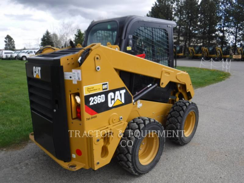 CATERPILLAR MINICARGADORAS 236D equipment  photo 6