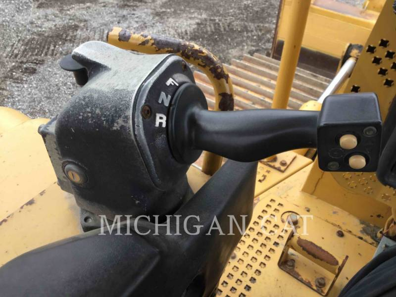 CATERPILLAR TRACK TYPE TRACTORS D6NL equipment  photo 7