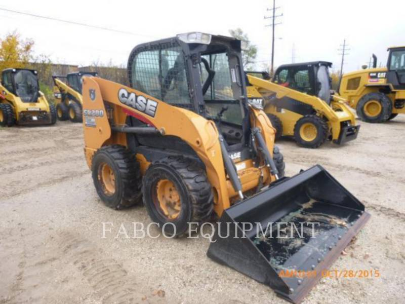 CASE/NEW HOLLAND CARREGADEIRAS TODO TERRENO SR200 equipment  photo 4