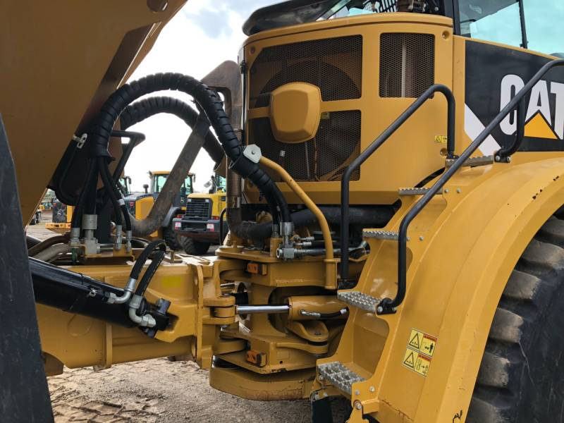 CATERPILLAR CAMIONES ARTICULADOS 740B equipment  photo 15