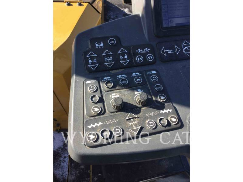 CATERPILLAR ASPHALT PAVERS AP1055F equipment  photo 20