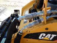CATERPILLAR CHARGEURS TOUT TERRAIN 257B3 equipment  photo 19