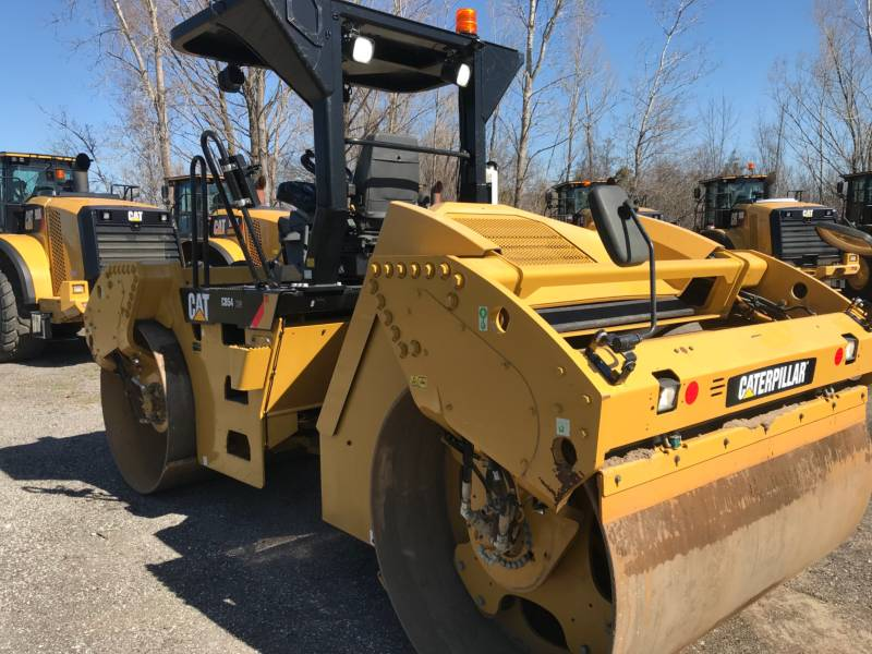 CATERPILLAR VIBRATORY DOUBLE DRUM ASPHALT CB54 equipment  photo 6