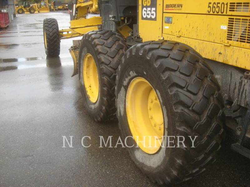 KOMATSU RÓWNIARKI SAMOBIEŻNE GD655-5 equipment  photo 7