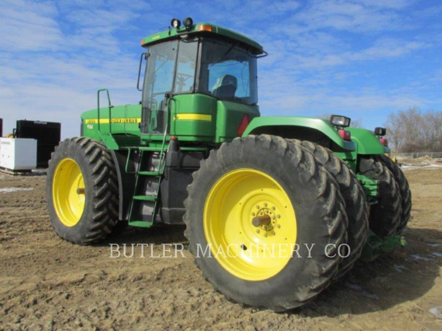 Detail photo of 1998 John Deere 9100 from Construction Equipment Guide