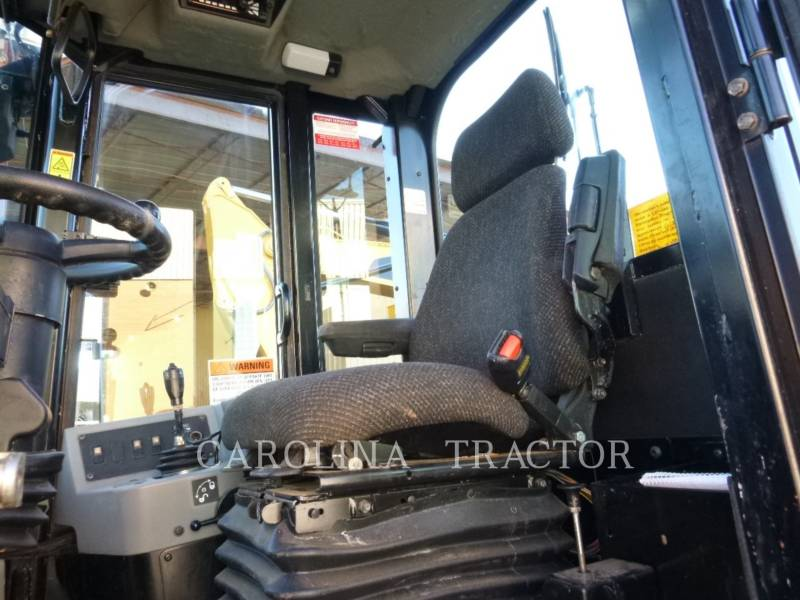 CATERPILLAR TRATORES DE RODAS 815F2 equipment  photo 10