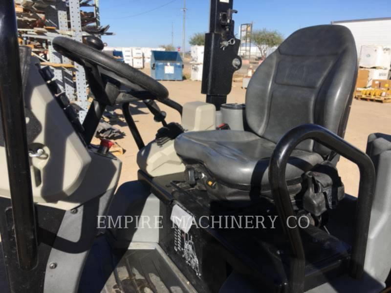 CATERPILLAR 振動ダブル・ドラム・アスファルト CB22B equipment  photo 12