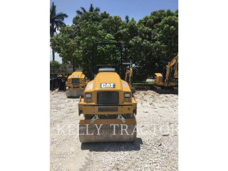 CATERPILLAR TANDEMOWY WALEC WIBRACYJNY DO ASFALTU (STAL-STAL) CB24B equipment  photo 8