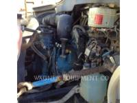 INTERNATIONAL TRUCKS WATER TRUCKS 4200 equipment  photo 11