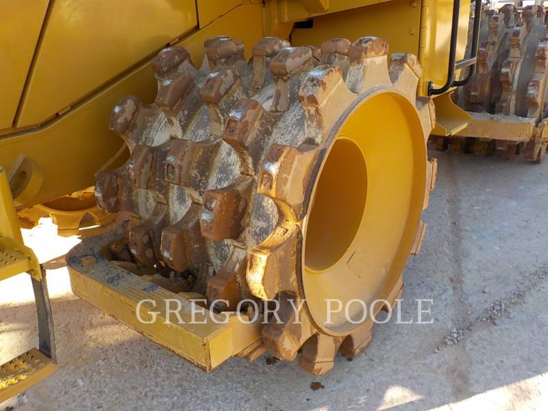 CATERPILLAR WHEEL DOZERS 815F II equipment  photo 12