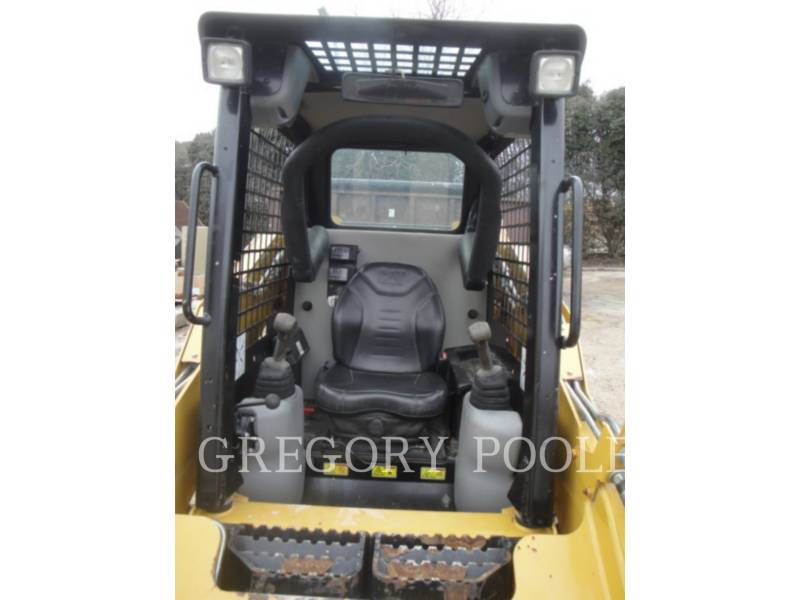 CATERPILLAR SKID STEER LOADERS 242B3 equipment  photo 20