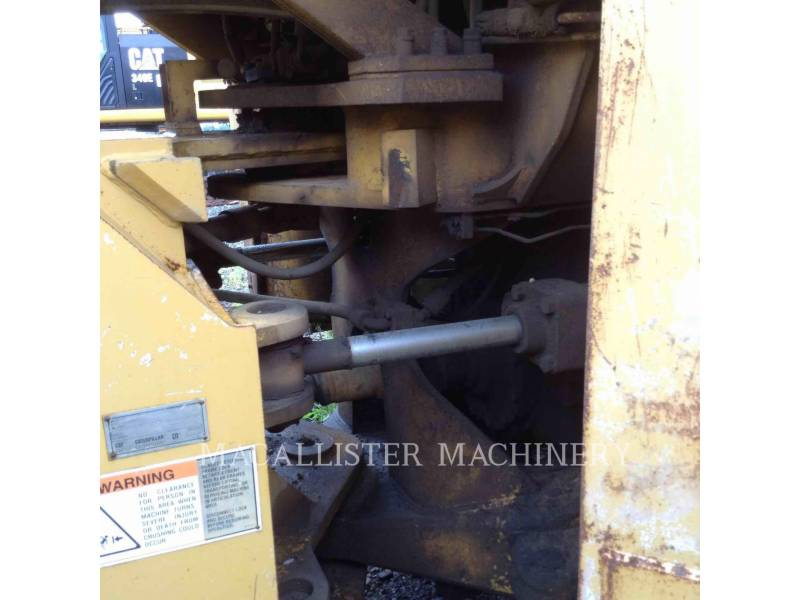 CATERPILLAR CARGADORES DE RUEDAS 988B equipment  photo 9