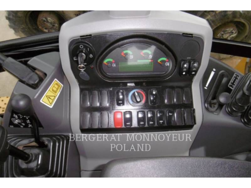 CATERPILLAR CHARGEUSES-PELLETEUSES 428F2 equipment  photo 5