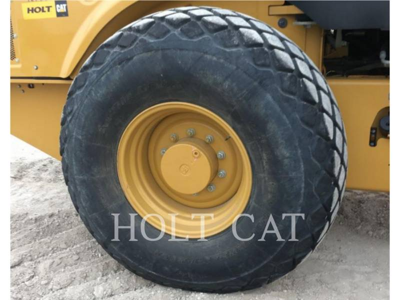 CATERPILLAR EINZELVIBRATIONSWALZE, GLATTBANDAGE CS66B CAB equipment  photo 8