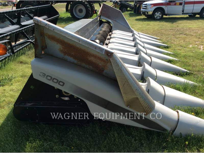 GLEANER  COMBINE HEADER 830 equipment  photo 7