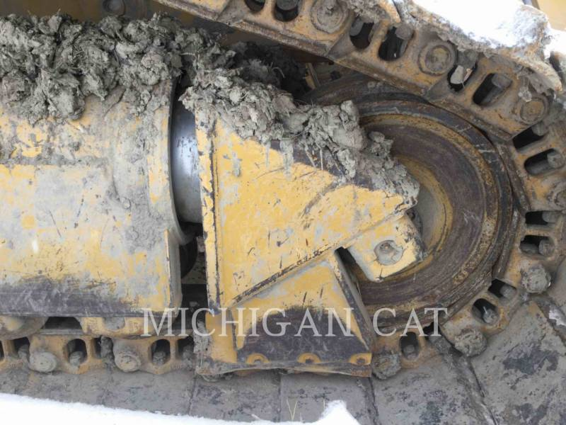 CATERPILLAR TRACTEURS SUR CHAINES D6RL equipment  photo 14