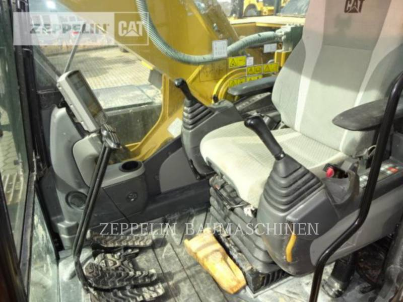 CATERPILLAR KETTEN-HYDRAULIKBAGGER 330D2L equipment  photo 12