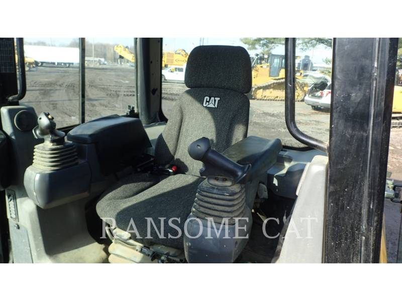 CATERPILLAR TRACTORES DE CADENAS D5K2LGP equipment  photo 8