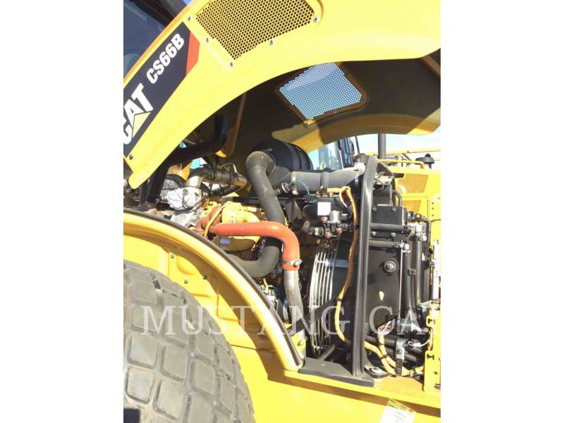 CATERPILLAR PAVIMENTADORA DE ASFALTO CS66B equipment  photo 10