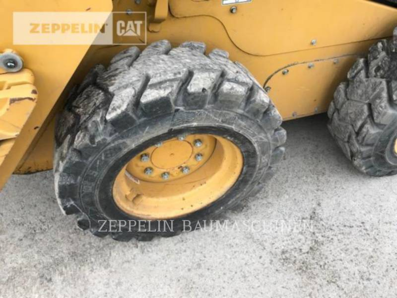 CATERPILLAR CHARGEURS COMPACTS RIGIDES 236D equipment  photo 23