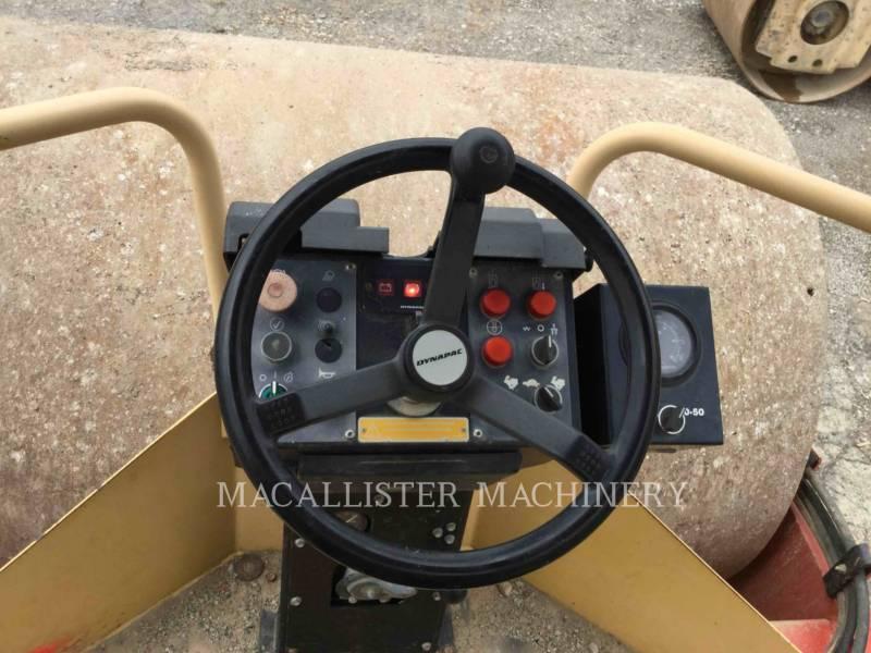 DYNAPAC EINZELVIBRATIONSWALZE, GLATTBANDAGE CA250D equipment  photo 16
