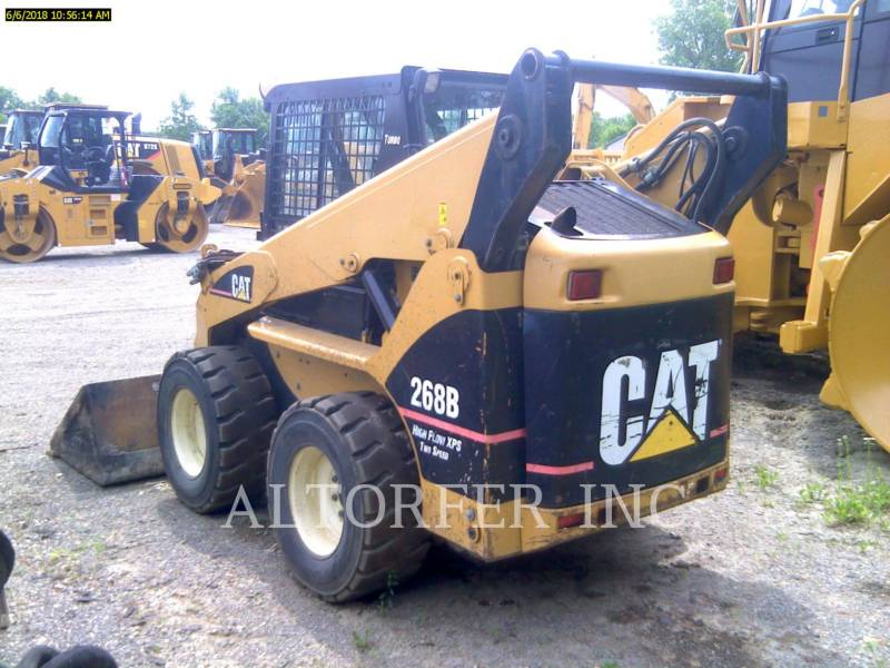 CATERPILLAR KOMPAKTLADER 268B equipment  photo 3