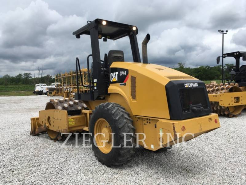 CATERPILLAR EINZELVIBRATIONSWALZE, BANDAGE CP44 equipment  photo 3