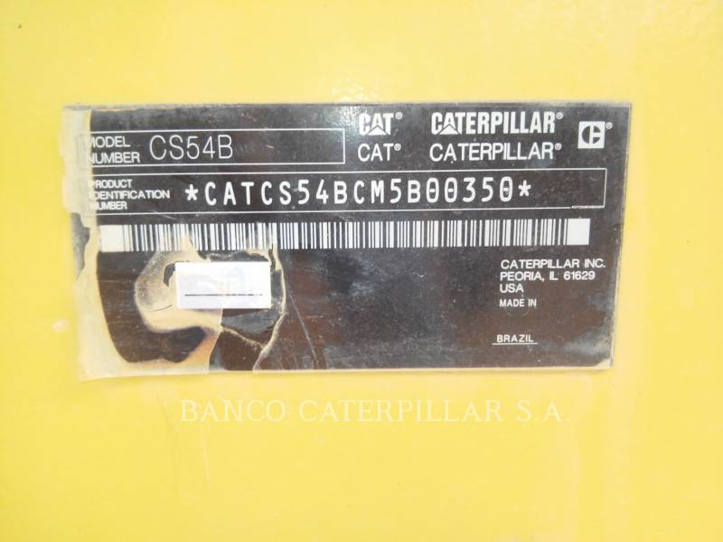CATERPILLAR COMPACTEUR VIBRANT, MONOCYLINDRE LISSE CS54B equipment  photo 12