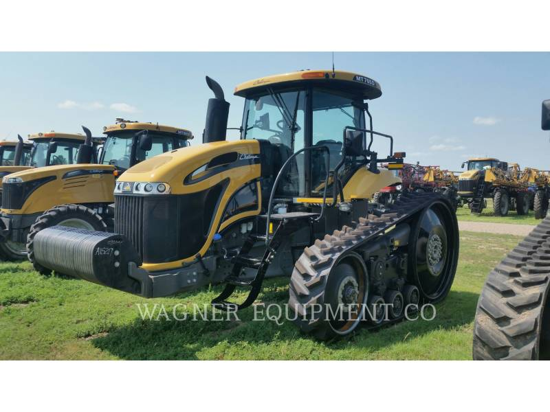 AGCO 農業用トラクタ MT765D equipment  photo 4